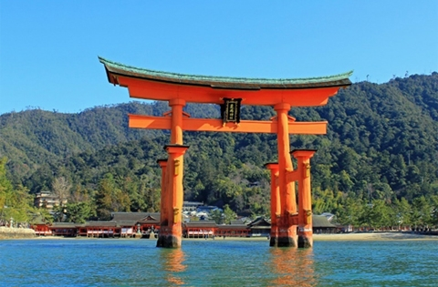 Japan Travel specialist - First time travel to Japan - Enchanted by Japan