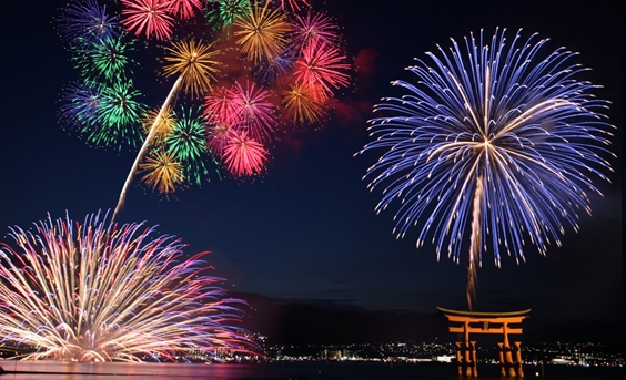 Japan's Four Seasons - fireworks